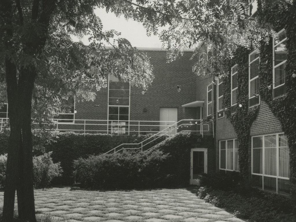 Student-Alumnae Building