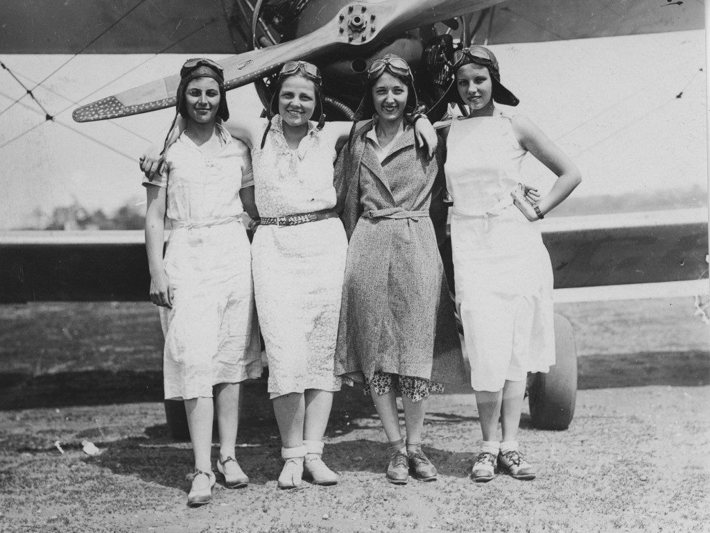 Aviation Club, 1935