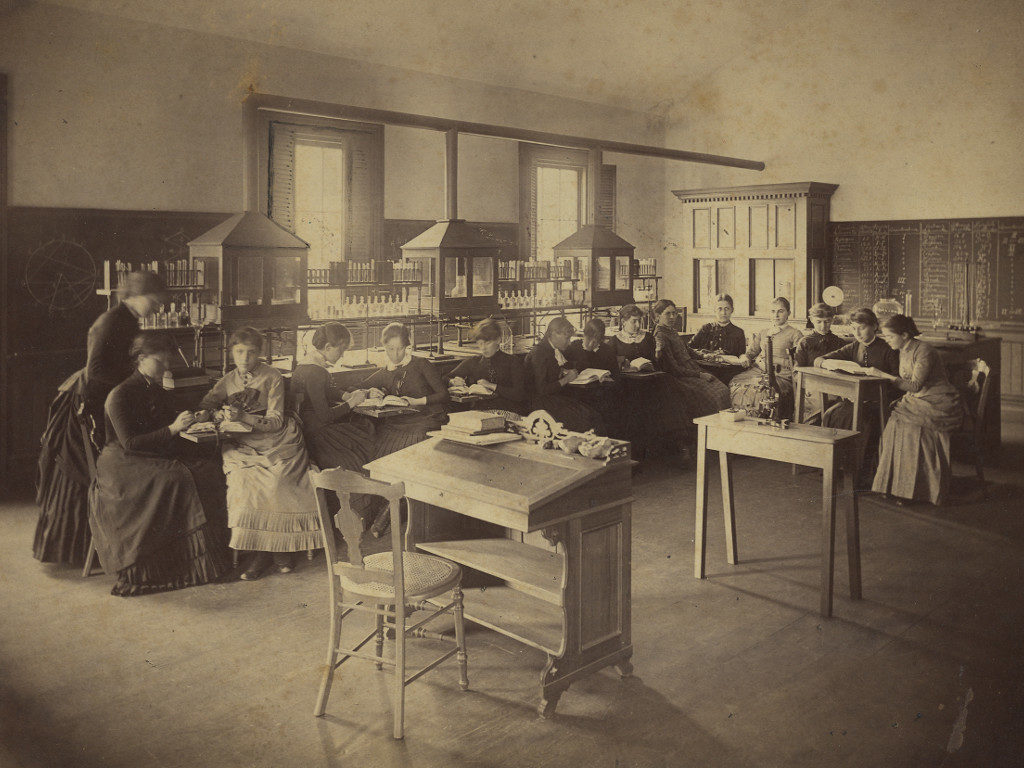 A nineteenth-century science class